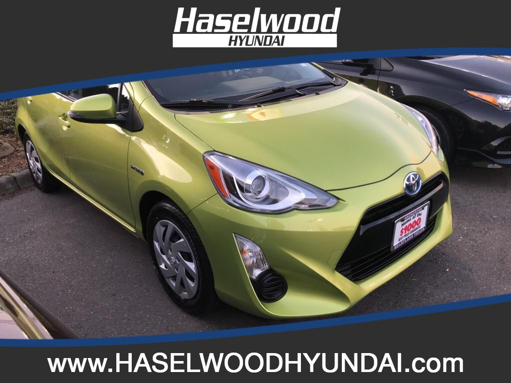 Pre-Owned 2015 Toyota Prius c Four