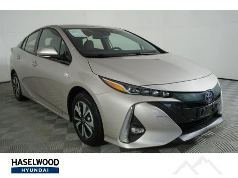 Pre-Owned 2017 Toyota Prius Plug-In Advanced