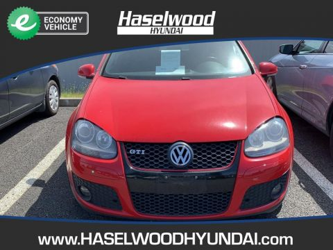Pre-Owned 2009 Volkswagen Golf GTI 2.0T